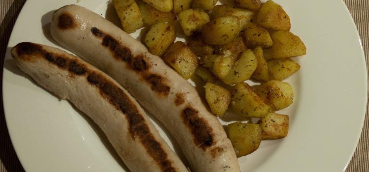 Wurstel e Patate alle erbe aromatiche